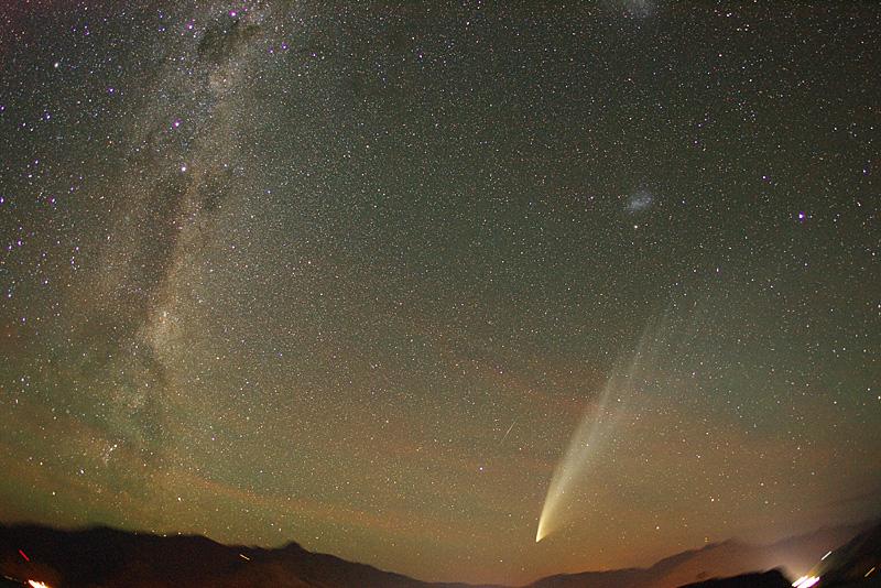 El cometa McNaught sobre Nueva Zelanda
